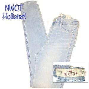 ‼️🔥NWOT HOLLISTER Light Wash Jeans!🔥‼️